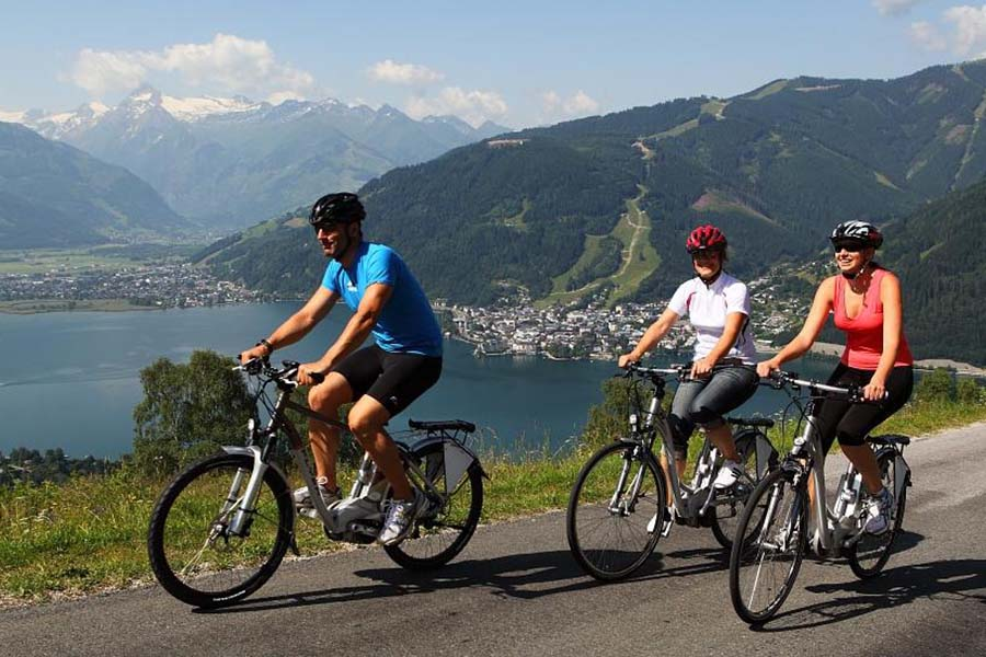 Cycling in Zell am See
